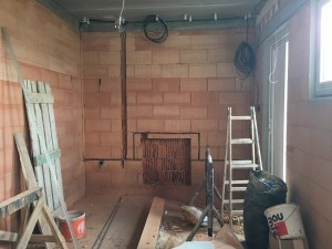 Kabelová trasa v garáží